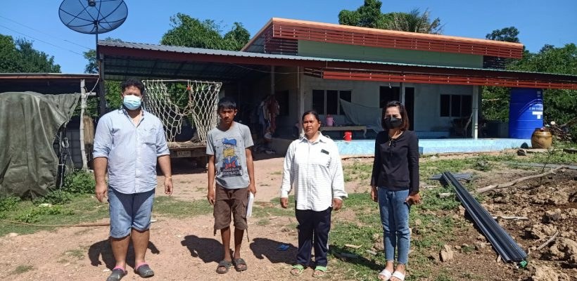 โรงเรียนบ้านเขากรวด ดำเนินกิจกรรมสัปดาห์เยี่ยมบ้านนักเรียน ปีการศึกษา 2564